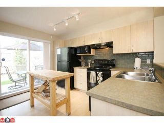 """Photo 6: 122 6747 203RD Street in Langley: Willoughby Heights Townhouse for sale in """"SAGEBROOK"""" : MLS®# F1008296"""