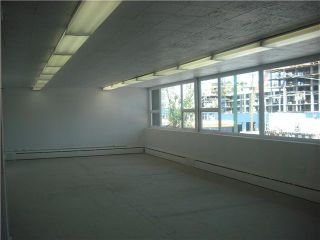 Photo 2: 22 E 2ND Avenue in Vancouver East: Mount Pleasant VE Commercial for sale : MLS®# V4041053