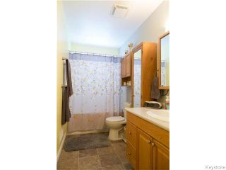 Photo 16: 4 Durham Bay in WINNIPEG: Windsor Park / Southdale / Island Lakes Residential for sale (South East Winnipeg)  : MLS®# 1603969