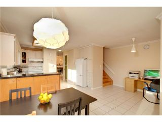 """Photo 5: 17 7171 BLUNDELL Road in Richmond: Brighouse South Townhouse for sale in """"PARC MERLIN"""" : MLS®# V922294"""