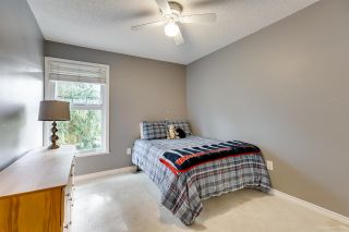 """Photo 16: 558 CARLSEN Place in Port Moody: North Shore Pt Moody Townhouse for sale in """"Eagle Point complex"""" : MLS®# R2388336"""