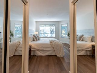 """Photo 24: 305 1150 LYNN VALLEY Road in North Vancouver: Lynn Valley Condo for sale in """"The Laurels"""" : MLS®# R2496029"""