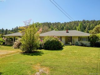 Photo 1: 5266 Old West Saanich Rd in VICTORIA: SW West Saanich House for sale (Saanich West)  : MLS®# 814026