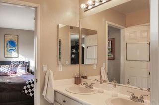 Photo 19: LA COSTA House for sale : 4 bedrooms : 7922 Sitio Granado in Carlsbad