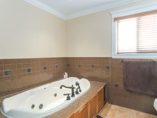 Photo 13: 7415 IMPERIAL Street in Burnaby: Buckingham Heights House for sale (Burnaby South)  : MLS®# R2423687