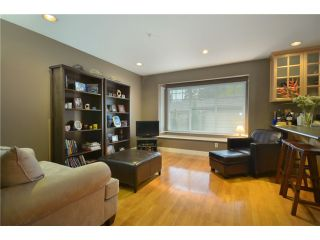 Photo 5: 416 W KEITH Road in North Vancouver: Central Lonsdale 1/2 Duplex for sale : MLS®# V921744