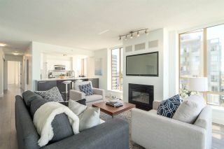 """Photo 4: 901 1405 W 12TH Avenue in Vancouver: Fairview VW Condo for sale in """"THE WARRENTON"""" (Vancouver West)  : MLS®# R2053078"""