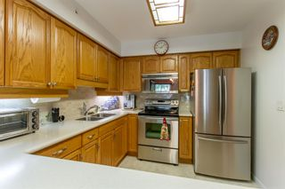 "Photo 6: 405 2963 BURLINGTON Drive in Coquitlam: North Coquitlam Condo for sale in ""BURLINGTON ESTATES"" : MLS®# R2393460"