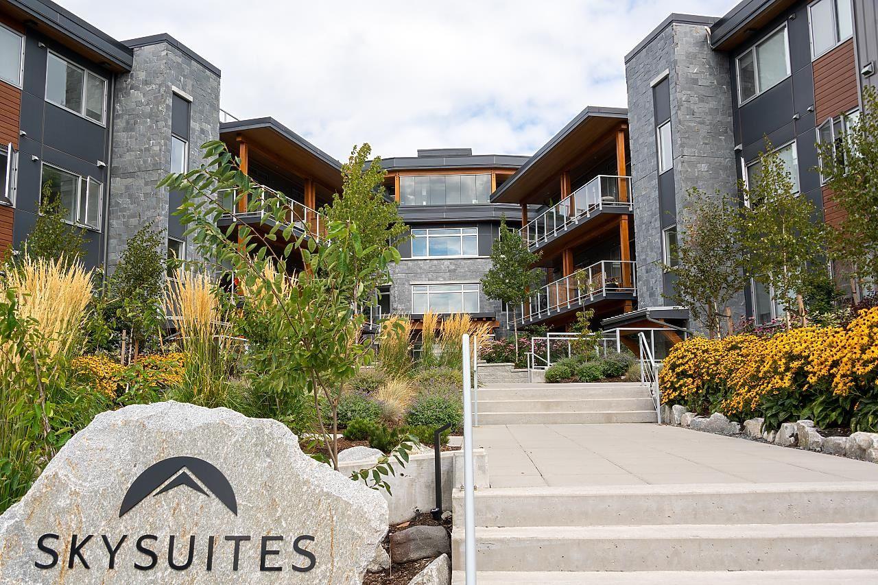 """Main Photo: 202 41328 SKYRIDGE Place in Squamish: Tantalus Condo for sale in """"SKYRIDGE"""" : MLS®# R2614758"""