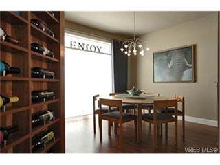 Photo 3:  in VICTORIA: Vi Mayfair House for sale (Victoria)  : MLS®# 430800