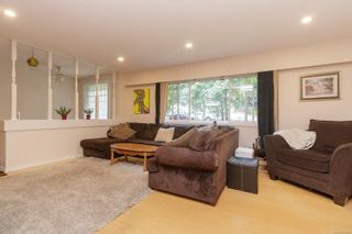 Photo 7: 607 Sandra Pl in : La Mill Hill House for sale (Langford)  : MLS®# 878665