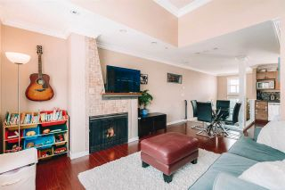 """Photo 2: 32 2375 W BROADWAY in Vancouver: Kitsilano Townhouse for sale in """"TALIESEN"""" (Vancouver West)  : MLS®# R2561941"""