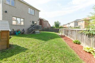 Photo 2: 424 Spring Blossom Cres in Oakville: Iroquois Ridge North Freehold for sale : MLS®# W4228081