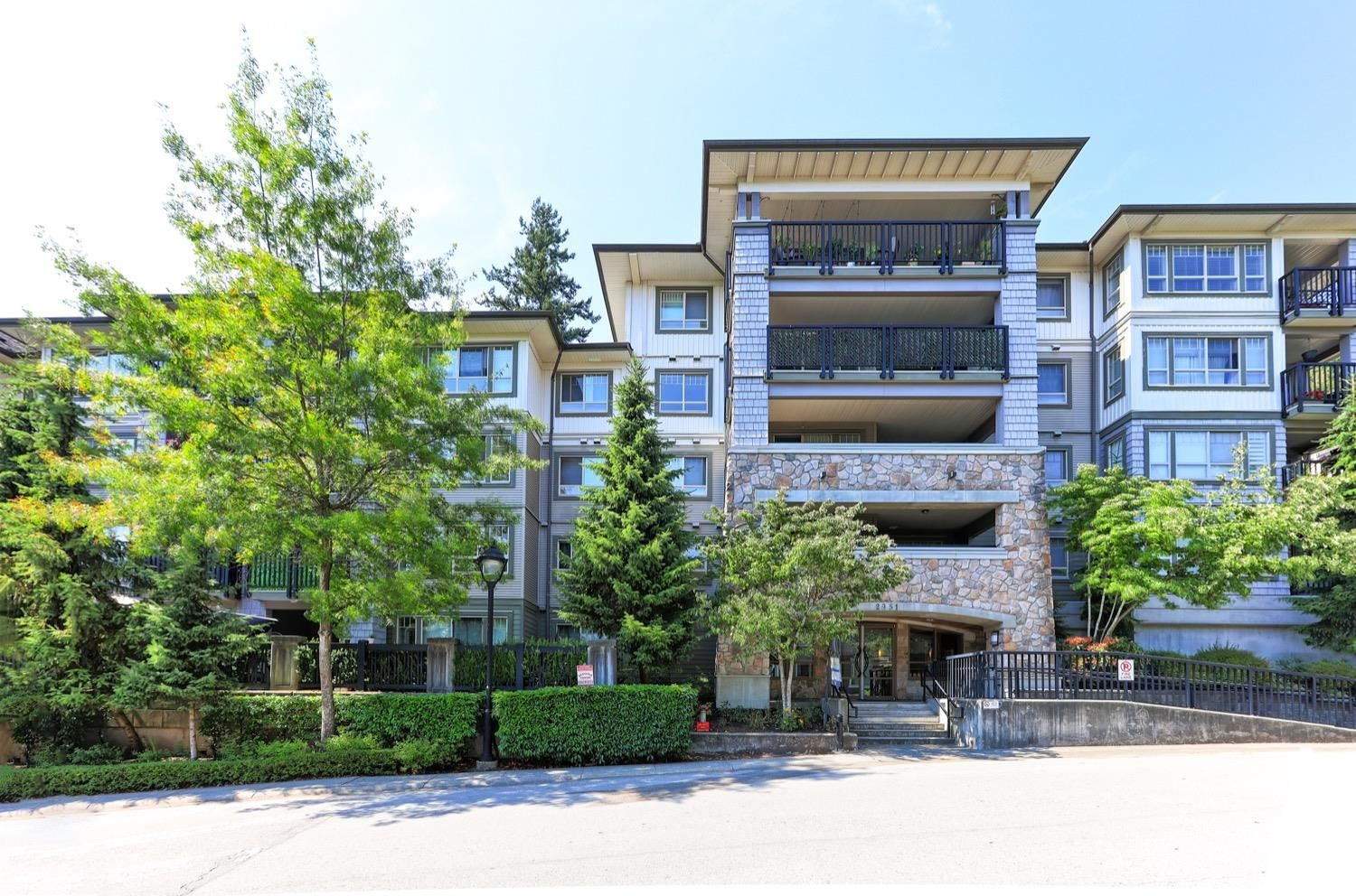 """Main Photo: 108 2951 SILVER SPRINGS Boulevard in Coquitlam: Westwood Plateau Condo for sale in """"TANTULUS"""" : MLS®# R2601029"""