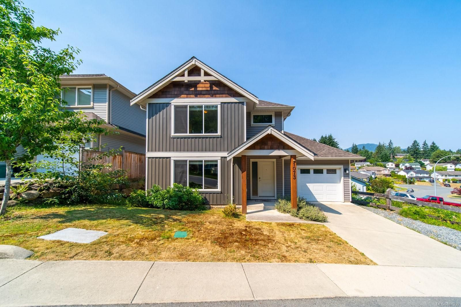 Main Photo: 1073 Timberwood Dr in : Na University District House for sale (Nanaimo)  : MLS®# 881339