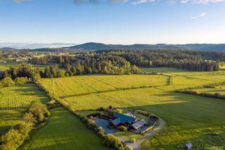 Photo 35: 1563 Mt. Newton Cross Rd in : CS Saanichton House for sale (Central Saanich)  : MLS®# 887789