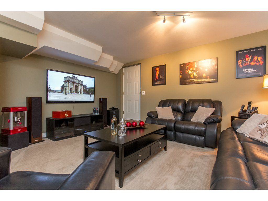 "Photo 38: Photos: 21113 44A Avenue in Langley: Brookswood Langley House for sale in ""CEDAR RIDGE"" : MLS®# R2173937"