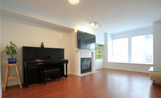 Photo 3: 78 16388 85 Avenue in Surrey: Fleetwood Tynehead Townhouse for sale : MLS®# R2564653