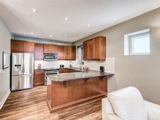 Photo 10: 2 1936 24A Street SW in Calgary: Richmond Row/Townhouse for sale : MLS®# A1127326