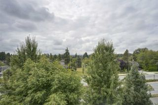 "Photo 20: 511 6440 194 Street in Surrey: Clayton Condo for sale in ""WATERSTONE"" (Cloverdale)  : MLS®# R2404000"