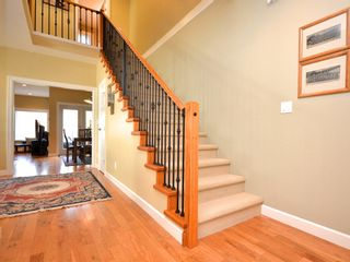 Photo 3: 359 Kinver St in VICTORIA: Es Saxe Point Half Duplex for sale (Esquimalt)  : MLS®# 598554