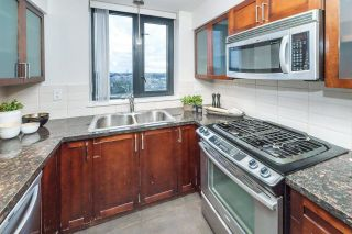 """Photo 18: 1705 1 RENAISSANCE Square in New Westminster: Quay Condo for sale in """"The Q"""" : MLS®# R2623606"""