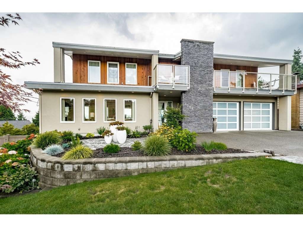 Main Photo: 2170 KAPTEY Avenue in Coquitlam: Cape Horn House for sale : MLS®# R2405015