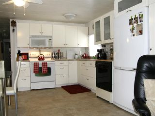 Photo 4: 14 62010 FLOOD HOPE Road in Hope: Hope Center Manufactured Home for sale : MLS®# R2540859