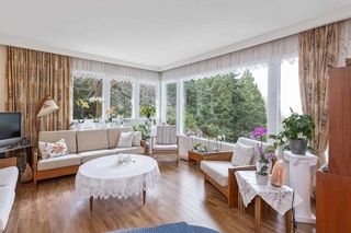 """Photo 11: 6174 EASTMONT Drive in West Vancouver: Gleneagles House for sale in """"GLENEAGLES"""" : MLS®# R2581636"""