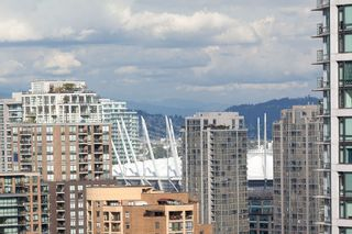 "Photo 22: 2107 1351 CONTINENTAL Street in Vancouver: Downtown VW Condo for sale in ""MADDOX"" (Vancouver West)  : MLS®# V1135882"