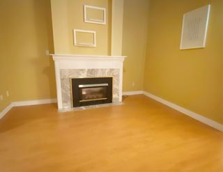 Photo 2: 16 7695 ST. ALBANS Road in Richmond: Brighouse South Townhouse for sale : MLS®# R2495741