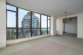 """Photo 6: 1701 7368 SANDBORNE Avenue in Burnaby: South Slope Condo for sale in """"MAYFAIR PLACE"""" (Burnaby South)  : MLS®# R2414676"""
