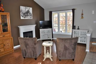 Photo 5: 39 Abbey Road: Orangeville House (Bungalow) for sale : MLS®# W5224403