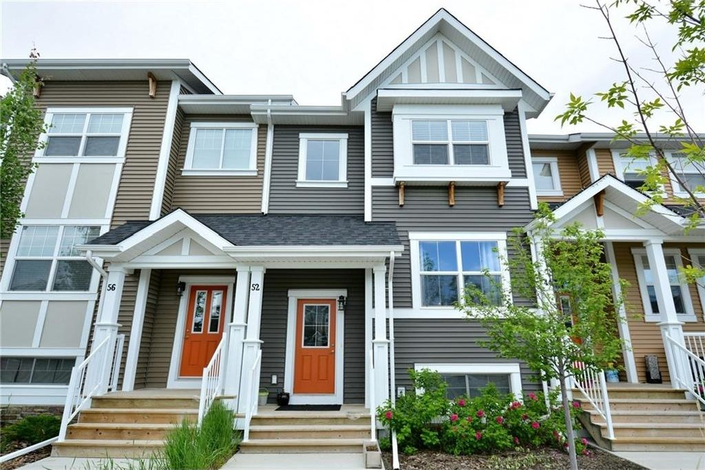 Main Photo: 52 SUNSET Road: Cochrane House for sale : MLS®# C4124887