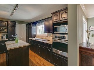 Photo 2: 6210 180TH Street in Surrey: Cloverdale BC House for sale (Cloverdale)  : MLS®# F1432805