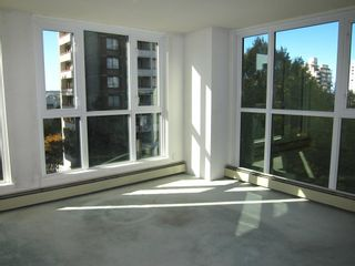 "Photo 2: 502 1010 BURNABY Street in Vancouver: West End VW Condo for sale in ""The Ellington"" (Vancouver West)  : MLS®# R2419029"