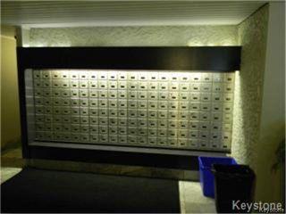 Photo 6: 15 Kennedy Street in WINNIPEG: Central Winnipeg Condominium for sale : MLS®# 1500453