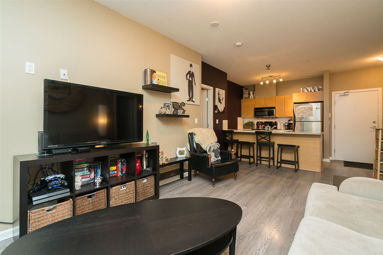 """Photo 9: Photos: 106 18755 68TH Avenue in Surrey: Clayton Condo for sale in """"COMPASS"""" (Cloverdale)  : MLS®# R2166874"""