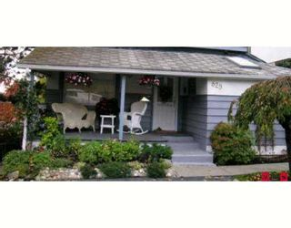 """Photo 1: 829 STAYTE Road: White Rock House for sale in """"East Beach"""" (South Surrey White Rock)  : MLS®# F2703251"""