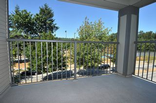 "Photo 9: 315 2468 ATKINS Avenue in Port Coquitlam: Central Pt Coquitlam Condo for sale in ""THE BORDEAUX"" : MLS®# R2195449"