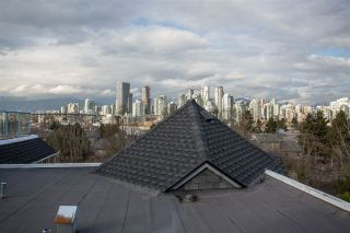 "Photo 1: 304 1166 W 6TH Avenue in Vancouver: Fairview VW Condo for sale in ""Seascape Vista"" (Vancouver West)  : MLS®# R2562629"