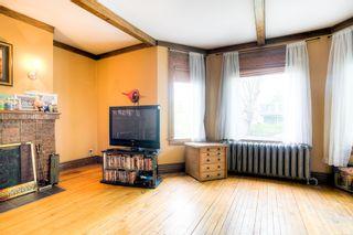 Photo 2: 874 Grosvenor Avenue in Winnipeg: Crescentwood Single Family Detached for sale (1B)  : MLS®# 1813359