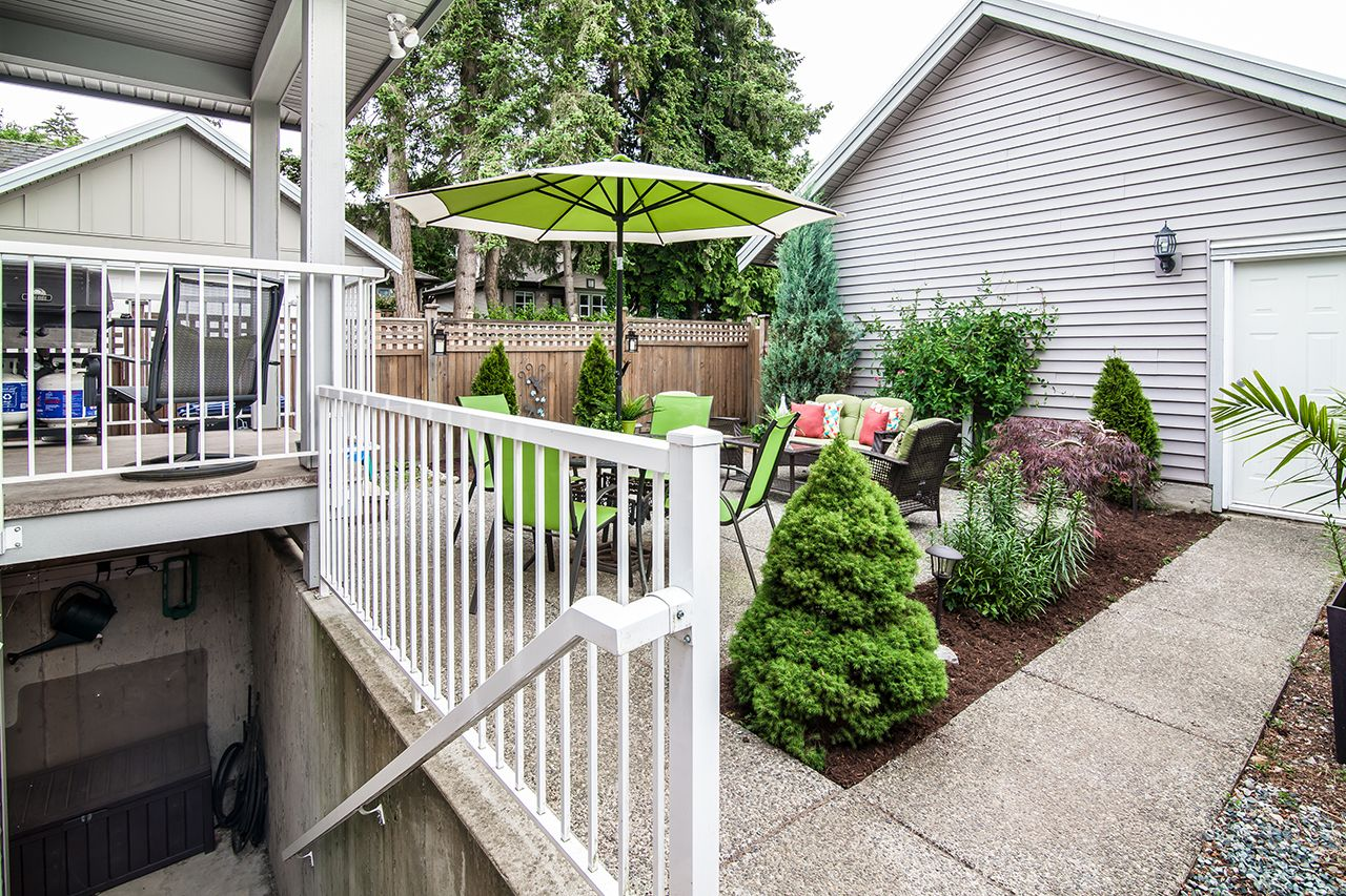"""Photo 33: Photos: 2907 152A Street in Surrey: King George Corridor House for sale in """"SOUTHPOINT ESTATES"""" (South Surrey White Rock)  : MLS®# R2278623"""