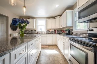 Photo 9: 856 Bridges Street in Halifax: 2-Halifax South Residential for sale (Halifax-Dartmouth)  : MLS®# 202119807