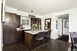 Photo 8: 1403 140 E KEITH Road in North Vancouver: Lower Lonsdale Condo for sale : MLS®# R2134774