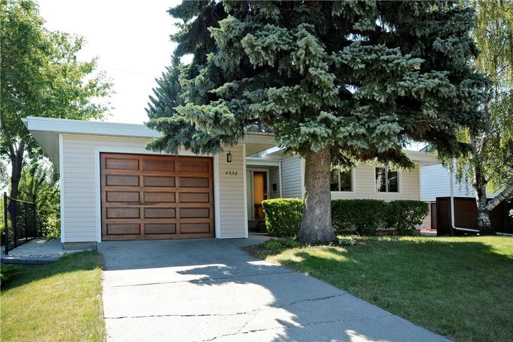 Main Photo: 4532 NAMAKA Crescent NW in Calgary: North Haven House for sale : MLS®# C4129972