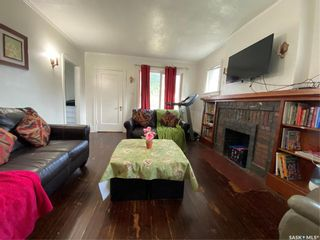 Photo 5: 827 Idylwyld Drive North in Saskatoon: Caswell Hill Residential for sale : MLS®# SK845774