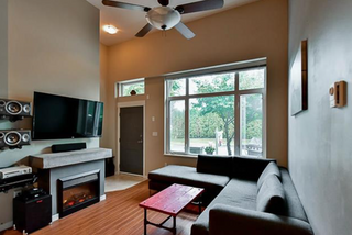 Photo 4: 113 12350 Harris Road in Pitt Meadows: Mid Meadows Townhouse for sale : MLS®# R2123521