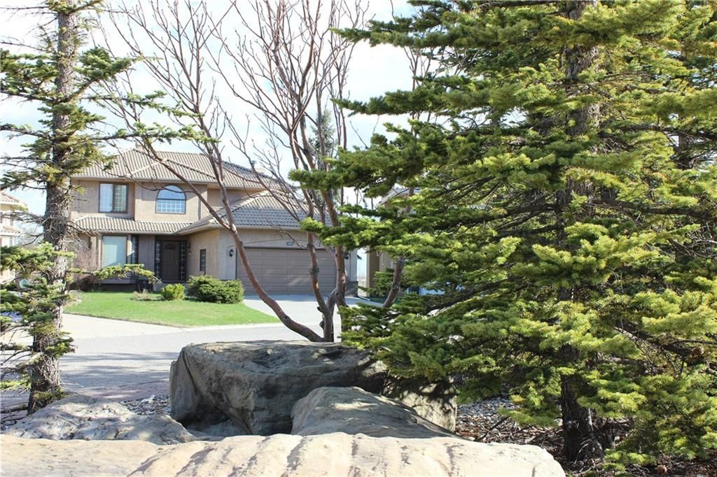 Photo 40: Photos: 2603 SIGNAL RIDGE View SW in Calgary: Signal Hill House for sale : MLS®# C4177922