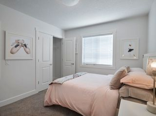 Photo 14: 6917 JOHNNIE CAINE Way in Edmonton: Zone 27 House for sale : MLS®# E4250936